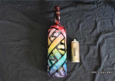 Bouteille COLOSS, réalisé par l'artiste Ninu's Gallery, art contemporain